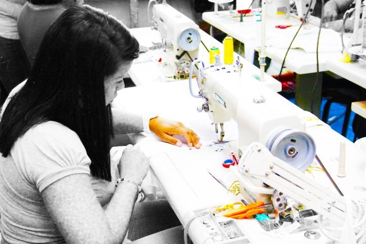 Industria-textil-colombiana-crisis-03-revista-pazcana.jpg